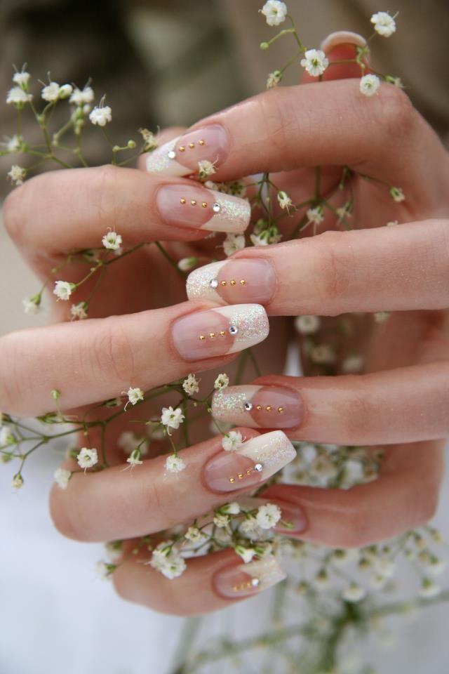manicure sposa gratuita